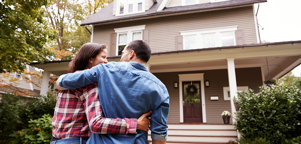Welcome To The Neighborhood: Tips On What To Look For When Buying A Home